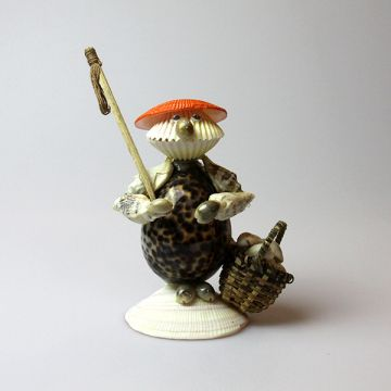 Shell Frog Fisherman